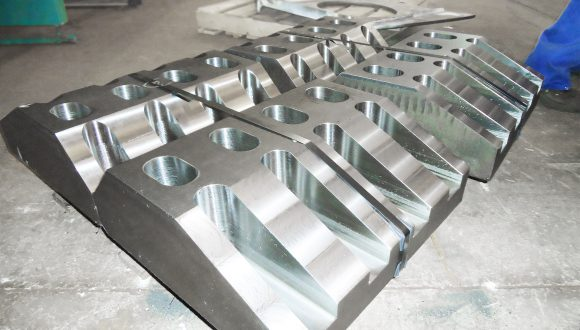 Bracket construction - Offshore bracket