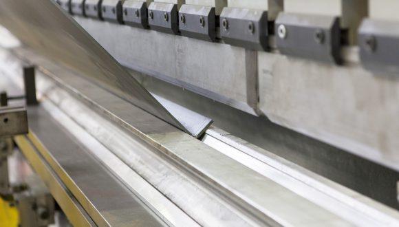 CNC metal sheet bending - ohranovanie plechov