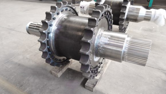 Drive shaft Pipelay vessel - Chain sprocket construction