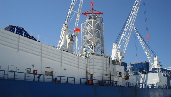 Mobile silo on ship - Offshore ship equipment